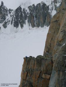 554c. Cordada al cim de la Chandelle  (J Jover, 2012)